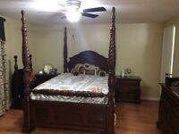 Solid-Wood 9pc Queen bedroom set!