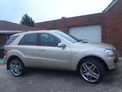 2005 Mercedes-Benz ML350 4x4 SUV 5MTHS REGO GOLD V6 Kings Park Brimbank Area Preview