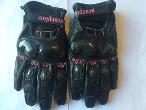 Leather SCORPION Motorcycle Gloves - Size Xsm TAX Incl