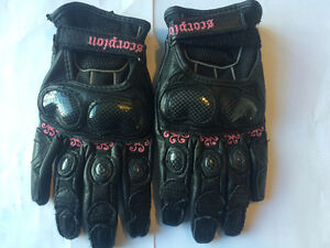 Leather SCORPION Motorcycle Gloves - Size Xsm & Small TAX Incl
