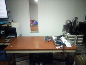 Table Desk 61x31 inch clean strong