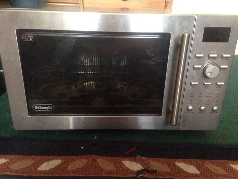 Microwave DeLonghiin Greenwich, LondonGumtree - Microwave DeLonghi 850w . Grill Convector and oven. Oven capacity 25 litres. This microwave is easy to set up and use, is it in Good condition