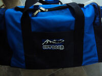 3 compartment sport bag. clean and excellent condition