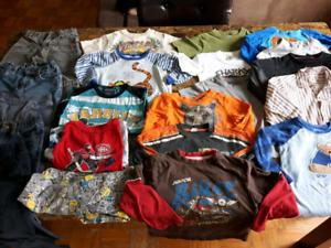 Lot vêtements garçon 3 à 4 ans