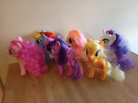 My Little Pony set of figures