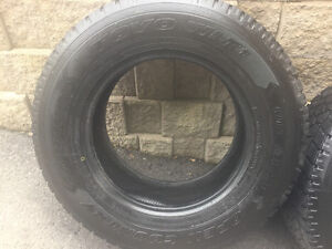 4 pneus hiver LT 275 65r18 Toyo Open Country WLT-1   14-15/32""