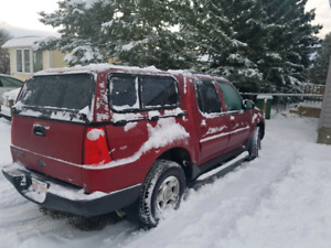 2004 Ford Sport Trac XLT 4x4 **Fully loaded*** A MUST SEE