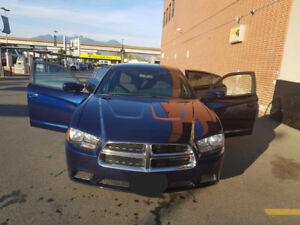 2013 DODGE CHARGER-EXCELLENT CONDITION