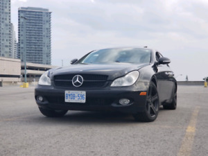 Mercedes-Benz CLS 500 Navigation, No Addients,  Low KM !!!