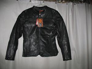 Veste de moto en cuir pour femme Saguenay Saguenay-Lac-Saint-Jean image 1