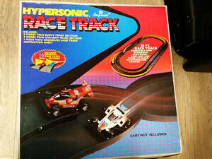 Race Track 18' Hypersonic