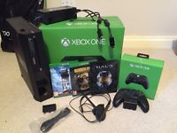 Xbox One 500GB + 3 Games + rechargeable battery pack