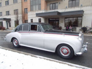 1956 Bentley S1 with straight dual carbs