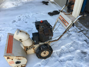"""WORKS GREAT "" 8HP  Craftsmen MTD  snowblower electric start"