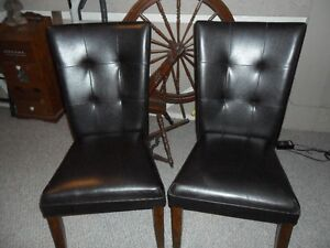Ashley Parsons Chairs ( 6 )