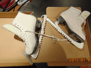 Figure Skates in excellent condition - $25