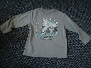 Boys Size 4 Long Sleeve Cotton T-Shirt by Children's Place