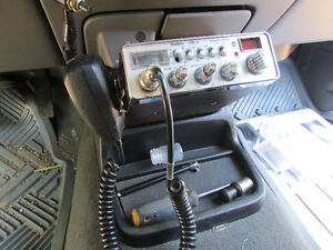 CB  RADIO Cambridge Kitchener Area image 1