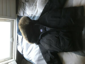 REAL CANADA GOOSE JACKET. MENS BOMBER. PERFECT CONDITION!!!