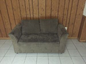 Sofa for sale 3 seater and 2 seater