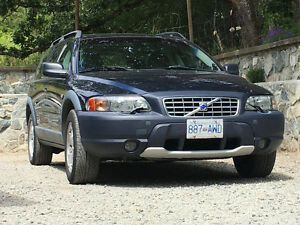 2002 Volvo XC70 2.5L Turbo AWD – CROSS COUNTRY