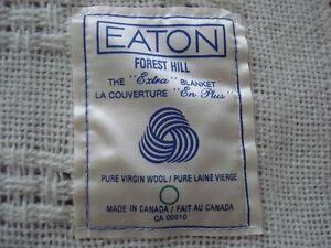 couverture en pure laine vierge Eaton 51 x 60 po. beige
