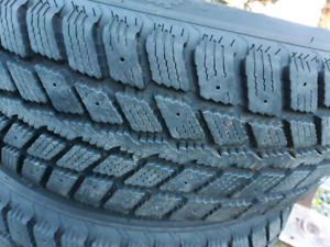4 winter tires and rims 205 70 R15