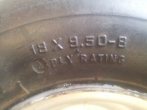 Harley golf cart rims and tires with moon caps Kitchener / Waterloo Kitchener Area image 3