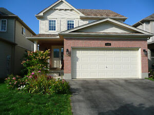4 bedroom house for rent. Flexible availability ! London Ontario image 1
