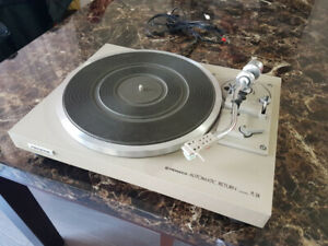Table Tournante records player ( turntable ) Pioneer Pl-514