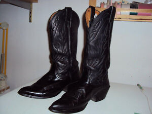 ladies western boots London Ontario image 1