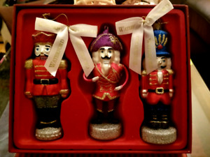 WATERFORD Heirlooms Glass NUTCRACKER GUARDS Christmas Ornament