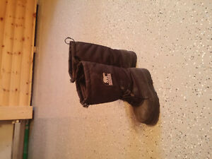 Sorel winter boots (women)