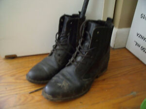 Girls leather horse riding black boots sz 5-6 & Ice Skates sz8