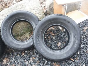 Tires 2 x 235/75/15 GOOD YEAR NORDIC Winter tires