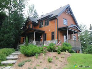 Lakeside Family Cottage - Close to Skiing and Magog