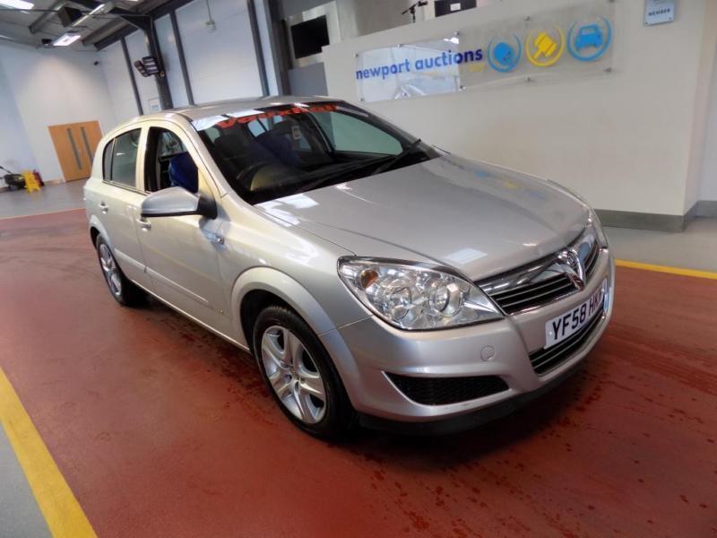 Vauxhall/Opel Astra 1.4i 16v 2009MY Active