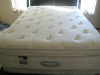 BRAND NEW DOUBLE MATTRESS & BOX SPRING BY '' SIMMONS '' ON SALE