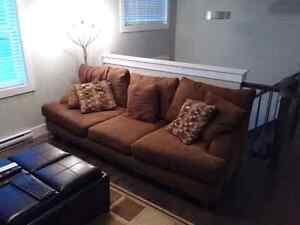 Big comfy couch (brown)