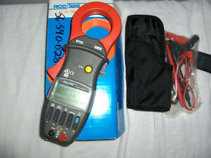 RCC 326ULC - 700A AC/DC True RMS Clamp on Amp Meter