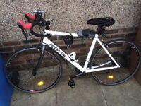 Btwin triban 300 road bike £300ono