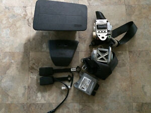 2006 ford fusion airbags seat belts and moduel set
