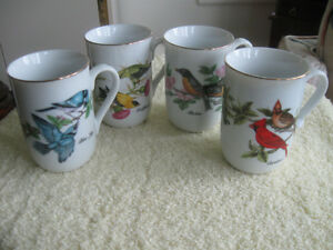 GORGEOUS OLD VINTAGE ['85] JOHN JAMES AUDUBON PORCELAIN CUPS