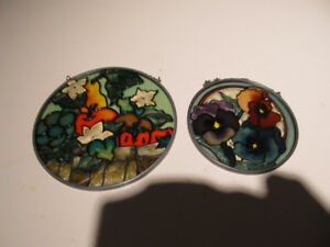 Stained glass round suncachers.
