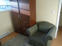 We have large furnished downtown roomfor 650$ plus $DD