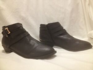 Ladies New Black Forever 21 Moto Ankle boots 10M