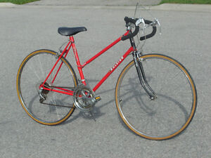 "FEMALES VINTAGE 27"" RALEIGH RECORD 12 SPD ROAD RACER BIKE!"