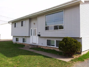 ALL INCLUDED - 6 BED STUDENT HOUSE - 2 KITCHENS - CLOSE TO STFX