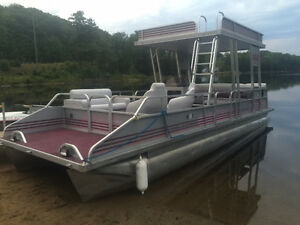 HOLY SMOKES A DOUBLE DECKER! 27' PRINCECRAFT 2 STORY PONTOON!