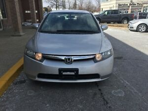 2006 Honda Civic Sedan Hybrid. Very clean, Certified, Warranty.